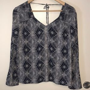 Roxy Geometric Print Long Top Sleeve Navy Small